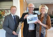 VBDO overhandigt Tax Transparency Award 2016 aan DSM